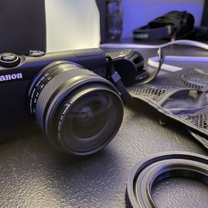 Canon M100 Mirrorless Digital Camera ( With Multiple Accessories ) for Sale in Philadelphia, PA
