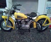 Indian diecast motorcycle 16 inches long excellent condition for Sale in Philadelphia, PA