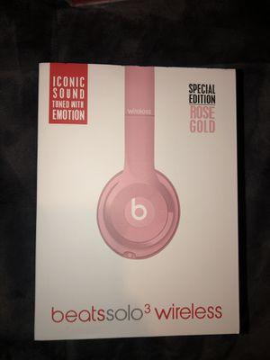 Beats solo 3 wireless headphones for Sale in Burtonsville, MD