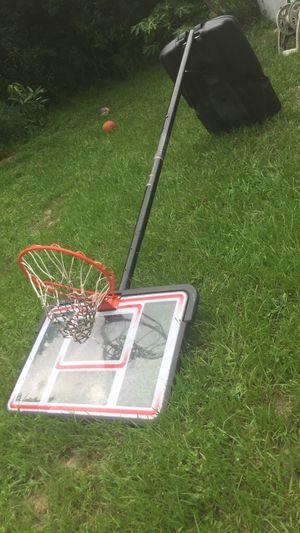 Basketball hoop for Sale in Gotha, FL