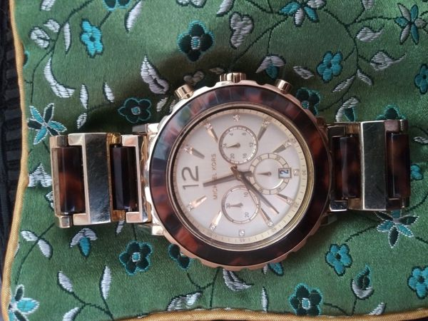 M.K. LADIES TORTOISE WATCH