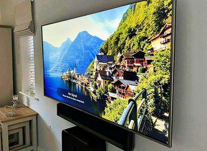 LG 60UF770V Smart TV for Sale in Abbeville, AL