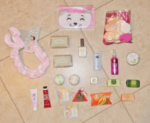 (FREE DELIVERY) 21-item beauty/face/hair products bundle for $20 for Sale in Las Vegas, NV