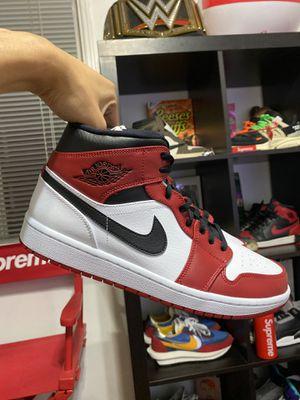 Jordan 1 Chicago Mid 2020 10.5 for Sale in Long Beach, CA