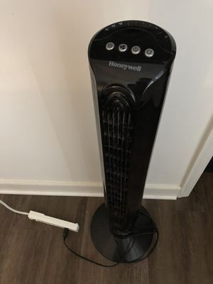 Honeywell Standing Fan for Sale in Germantown, MD