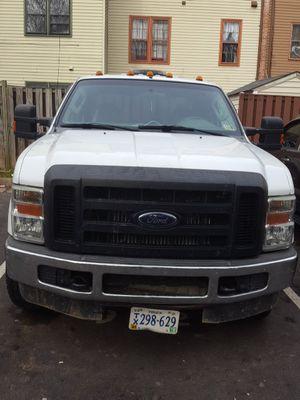 Vendo troca Ford 350 diesel 4x4 2008 én buenas condiciones lista para trabajar for Sale in Herndon, VA