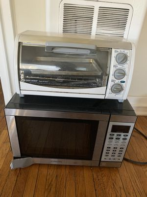 Toaster oven and microwave for Sale in Long Beach, CA