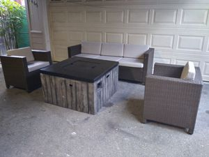 Outdoor patio furniture set with firepit for Sale in Glendale, CA
