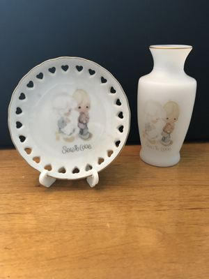 Precious Moments Vase and jewelry dish. for Sale in Huntersville, NC