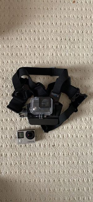GoPro Hero 4 Silver + Chest Harness for Sale in Sully Station, VA