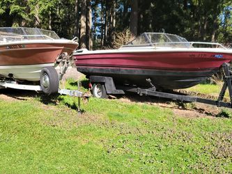 2 Boats N Trailers In Graham Free for Sale in Graham,  WA