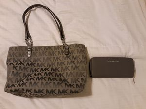 Authentic purses for Sale in Fort Lauderdale, FL