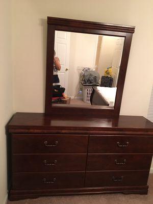 Chest and Mirror Dresser for Sale in Murfreesboro, TN