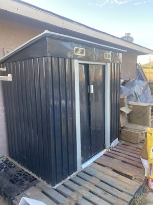 """4"""" 6"""" metal shed for Sale in Riverside, CA"""