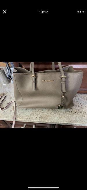 Michael Kors hand handbags. for Sale in Fairfax, VA