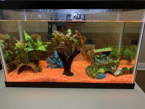 10 Gallon Aqueon Fish Tank and Supplies for Sale in Atascocita, TX