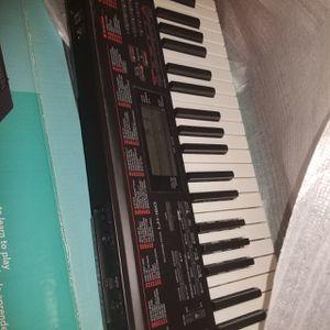 Casio Piano Keyboard for Sale in Sacramento, CA