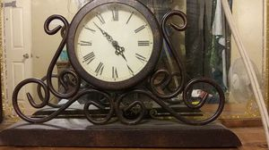 Vintage clock for Sale in Durham, NC