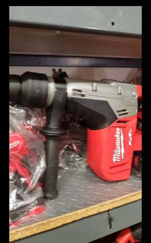 MILWUAKEE M18 FUEL BRUSHLESS 1-9/16 ROTARY HAMMER BRAND NEW TOOL ONLY for Sale in San Bernardino, CA