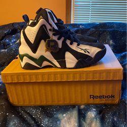Men's Reebok Kamikaze II (Size 8.5) for Sale in Stockbridge,  GA