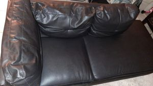 Black 2 piece sectional for Sale in Miramar, FL