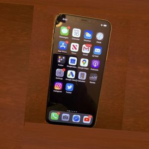 Apple iPhone 11 Pro Max 256GB - Space Gray Unlocked for Sale in Indianapolis, IN