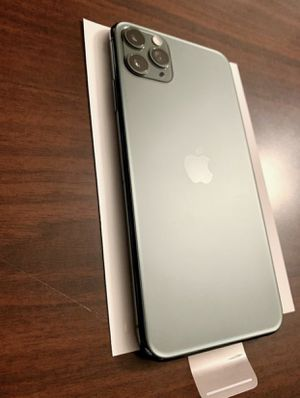 iPhone 11 Pro Max 256GB Midnight Green Unlocked Like New. NAME YOUR PRICE for Sale in Washington, DC