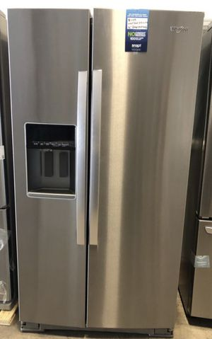 Whirlpool 28 cu ft Side by Side Refrigerator in Fingerprint Resistant Stainless Steel EZ financing available. for Sale in Miami, FL