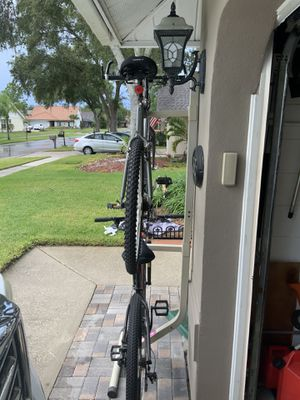 Bike rack good condition for Sale in Tampa, FL