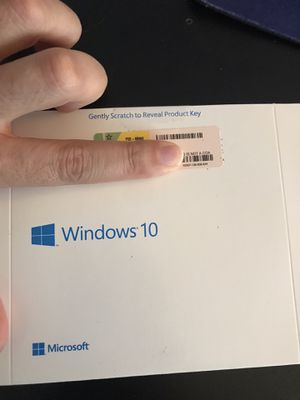 Windows 10 Pro disk for laptop and desktop PCs for Sale in Miami, FL