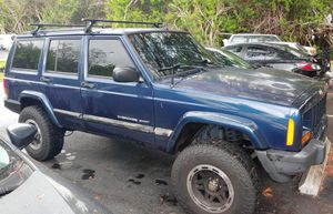 "Jeep Cherokee 01 sport ""XJ"" for Sale in St. Petersburg, FL"