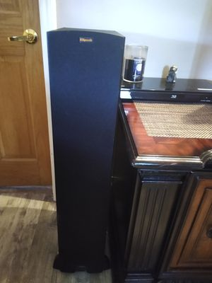 Klipsch stero system for Sale in McHenry, IL