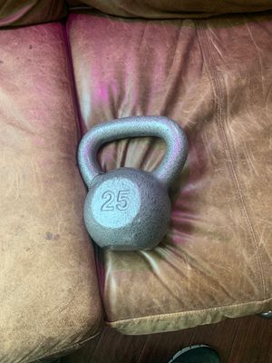 Weider, 25lb. Kettlebell, hammertone finish, extra wide grip for Sale in Fort Worth, TX