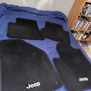 2015 Jeep Cherokee Floor Mats for Sale in Annandale, VA