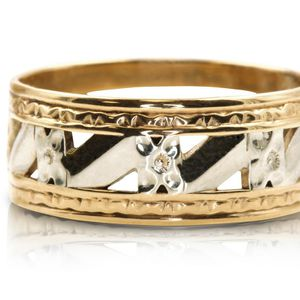 8461 MENS 14K GOLD WEDDING RING BAND RING 14K GOLD SIZE 9.25 for Sale in Newport Beach, CA