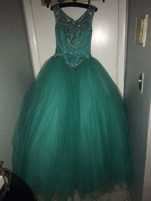 quinceanera dress (size 8)