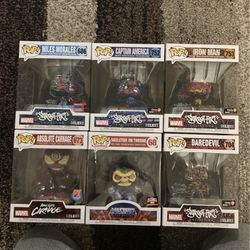 FUNKO POP LOT DELUXE for Sale in Queens,  NY