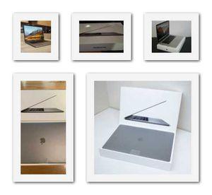 2018//MacBook///16GB//Grey for Sale in Orange, CA