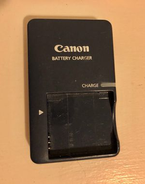 Canon battery charger for Sale in Pittsburgh, PA