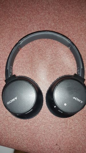 Sony bluetooth wireless headset for Sale in Grand Junction, CO