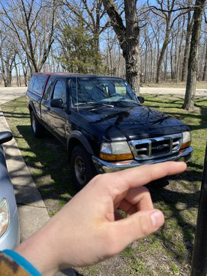 2000 Ford Ranger XLT for Sale in Beloit, WI