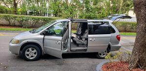 2006 DODGE GRAND CARAVAN, 76000 MILES, CLEAN TITLE, BY OWNER. for Sale in Pompano Beach, FL