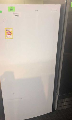 Frigidaire Upright Freezer Model:FFFU20F2VW E2 for Sale in Houston, TX