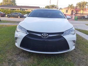 Toyota camry nice Car de Lo mejor for Sale in Miami, FL
