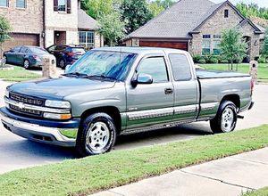 ֆ12OO 4WD CHEVY SILVERADO 4WD for Sale in Falls Church, VA