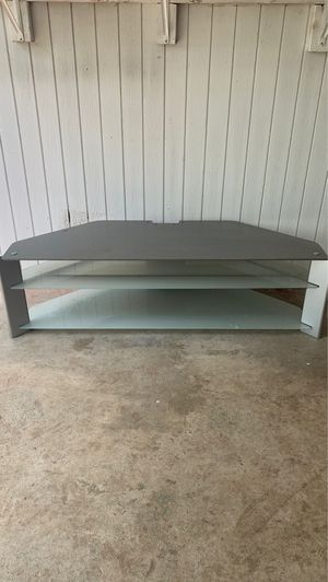 Large TV stand/entertainment console for Sale in Alexandria, VA