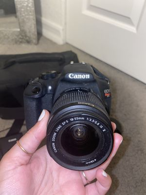 Canon camera EOS Rebel T5 for Sale in Coronado, CA