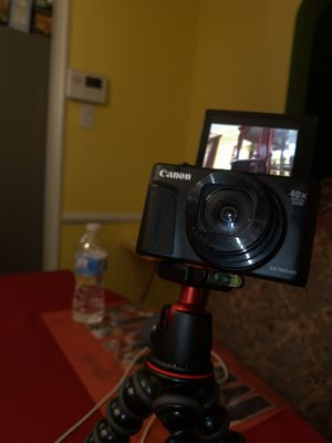 Canon sx740 HS (vlogging camera ) for Sale in Philadelphia, PA