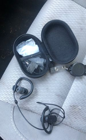 Wireless Bluetooth headphones for Sale in Mansfield, MA