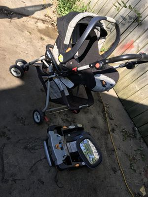 Baby stroller and car seat for Sale in Aurora, IL